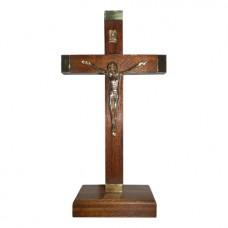 Crucifijo de pie con puntera