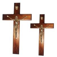 Crucifijo de pared con moldura